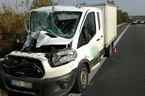 Vážná nehoda dodávky a kamionu na D46 u Brodku u Prostějova