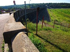 Hráz plumlovské přehrady stále čeká na opravu