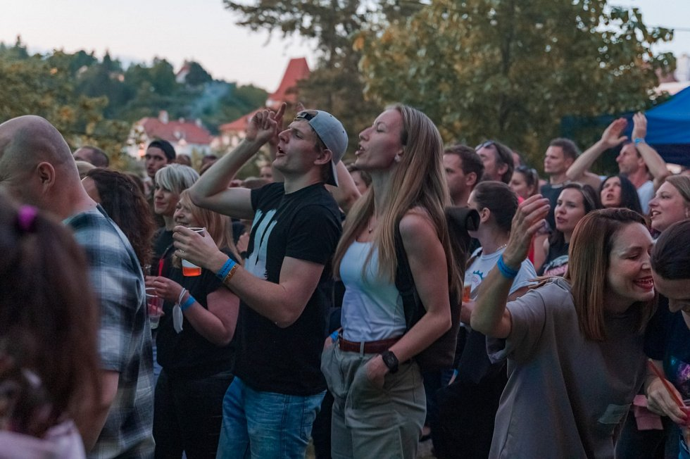 Koncert kapely Wohnout v českokrumlovském Depu.