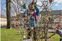 Velikonoční strom v Horní Plané.