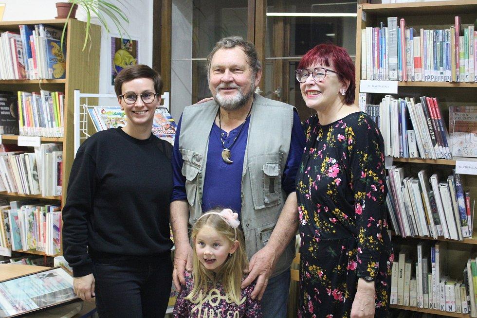Medvědí odpoledne v českokrumlovské Městské knihovně.