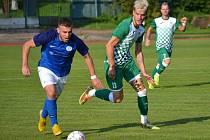 Ondrášovka KP – 4. kolo: FK Slavoj Český Krumlov (zelenobílé dresy) – TJ Sokol Lom u Tábora 5:1 (4:1).