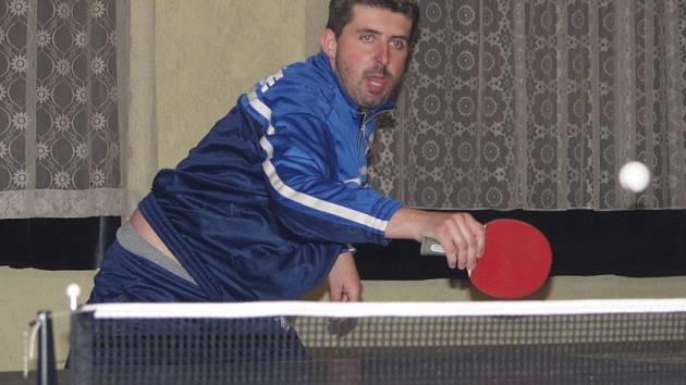 Tahounem křemežského áčka byl Jiří Reitinger (na snímku), který je s bilancí jedenapadesáti výher a pouhých pěti porážek i procentuálně nejúspěšnějším hráčem základní části celého přeboru.