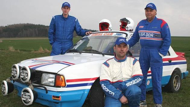 Pavel Kacerovský, Pavel Stráský a Jiří Urban (zleva).