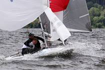 Na Lipně se o prodlouženém víkendu mistrovství republiky dvouposádkové třídy Fireball a juniorské třídy Cadet. Třídy Létající Holanďan a 29er odjely Český pohár.