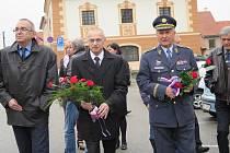 Uctění památky velešínského pilota Prokopa Brázdy.