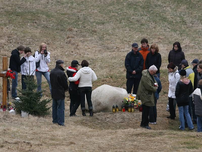 Tragédie u Nažidel se zapsala do paměti pozůstalých po obětech nehody až do konce jejich života.
