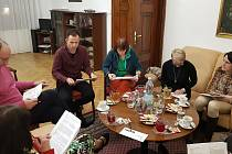 Porota vybrala pětici finalistek do soutěže Žena Českokrumlovska 2020. A neměla to lehké.