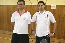 Suverénním způsobem prošel soutěží mužské čtyřhry ostřílený debl Martin Koudelka a Petr Pirtyák (zleva), který pro křemežské barvy vybojoval jedno ze tří prvenství.