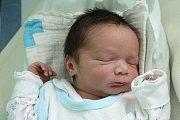 Zdeněk (19) a Antonín (8) se vpondělí 18. ledna 2016 dočkali malého brášky. Bohumil Němeček se narodil v5:44, měřil 48 centimetrů a vážil 3115 gramů. Rodiči všech dětí jsou Ivana a Zdeněk Němečkovi zČeských Budějovic.