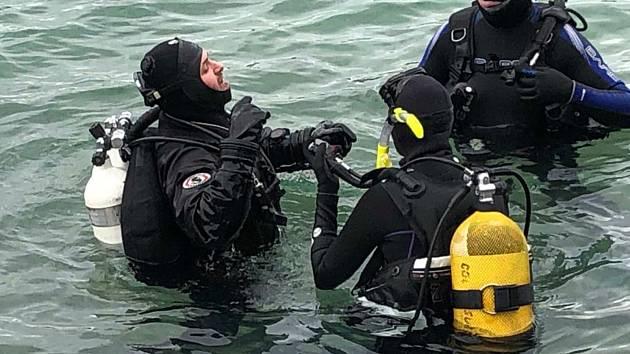 Klub sportovních potápěčů Kraken vyrazil na chorvatský Pag na čtyřdenní soustředění.