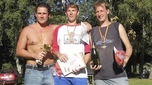 První ročník kaplického turnaje ovládlo budějovické trio Tomáš Navara a bratři Petr a Jiří Ctiborovi (zleva).