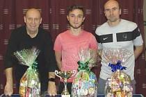 Medailisté rožmitálského turnaje (zleva) – druhý František Zlatinský, vítězný Patrik Micák a třetí Pavel Lattner.
