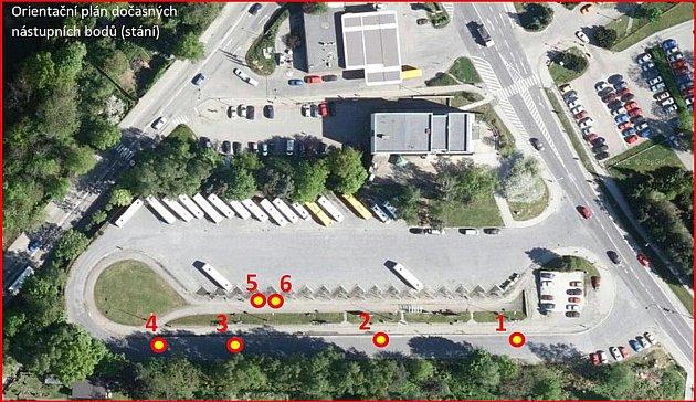Na ćeskokrumlovském autobusovém nádraží bude kvůli přestavbě pouze šest provizorních stání.