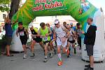 Tradiční Májové kolo a Frymburská desítka láká čím dál víc běžců.