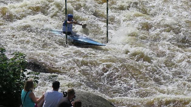 Vltava pod lipenskou přehradou.