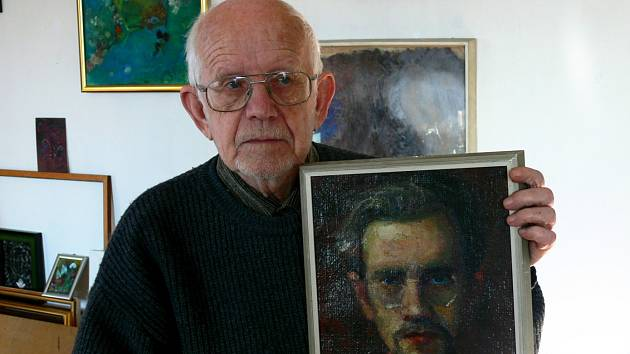 Jan Cihla se svým autoportrétem z poloviny padesátých let