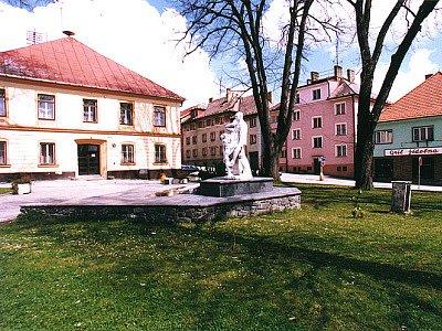 Náměstí v Horní Plané.