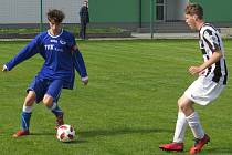 I.A třída dorostu – 16. kolo: Slavoj Hrdějovice (modré dresy) – Spartak Kaplice / Dynamo Vyšší Brod 3:2 (1:2).