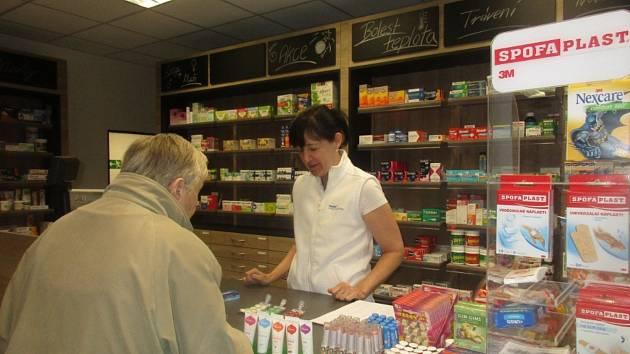 Nově otevřená lékárna v Loučovicích.