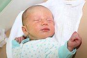 Sedmnáctiletá Andrejka a dvanáctiletá Petruška mají od 21. října 2015 malého brášku. Ten den v1:18 se českokrumlovským rodičům Haně Tvarohové a Antonínu Brabcovi narodil 51 centimetrů měřící a 3595 gramů vážící Toník Brabec. Tatínek u porodu asistoval.