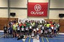 Mladí krumlovští badmintonisté se utkali mezi sebou v oddílové soutěži.