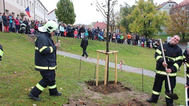 V Malontech při oslavách republiky ocenili hasiče