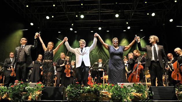 Večer Broadway meets Broadway na festivalu v Pivovarské zahradě v Českém Krumlově. Ilustrační foto.