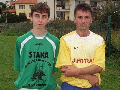 Věkový rozdíl mezi oběma Václavy Nováky je bezmála sedmadvacet let, přesto si otec se synem proti sobě zahráli v jednom mistrovském utkání.