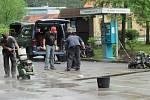 Na Bus Stopu A na Chvalšinské se pracuje, brzy na něm vyrostou i závory.
