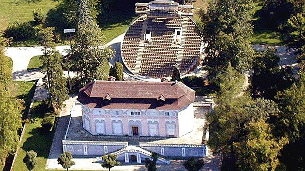 Otáčivé hlediště a Bellaria v Českém Krumlově