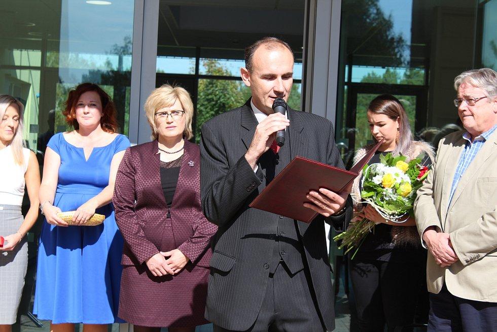 Slavnostní otevření Domova pro seniory v Kaplici.