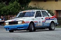Nové komponenty historické Škody 130 LR otestovala netřebicko–českokrumlovská posádka Pavel Stráský a Pavel Kacerovský o minulém víkendu, když se zúčastnila v roli předjezdců amatérského Rallye Sprintu Noc + Den.