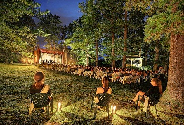 Poslední večer Mezinárodního hudebního festivalu Český Krumlov.