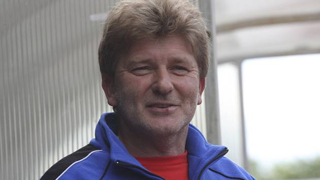 Trenér Václav Domin.