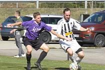 Fotbalová příprava: Sokol Kájov (fialové dresy) – FK Spartak Kaplice B 2:1 (2:0).