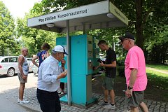 Na parkovišti v Jelence si řidiči připlatí, od 1. června se sazba zvyšuje na 50 korun za hodinu.