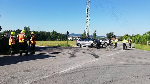 Dopravní nehoda se odehrála na křižovatce u Velešína.