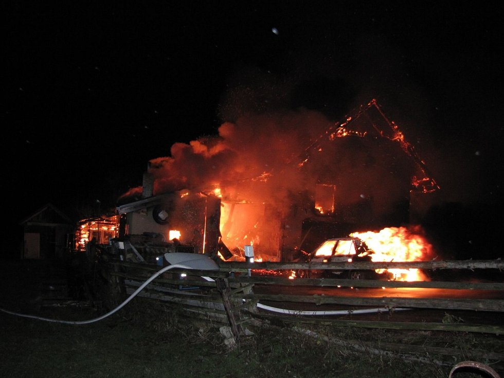 Požár hospodářského stavení.