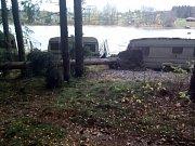Frymburští hasiči mají za sebou desítky zásahů kvůli spadlým stromům.