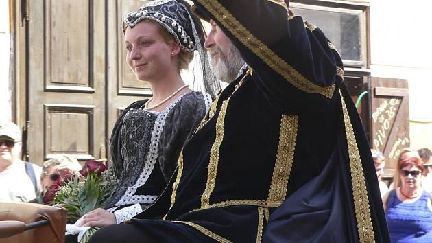 Vilém z Rožmberka. Hlavní sobotní průvod 27. Slavností pětilisté růže.