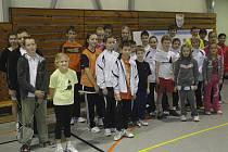 Podruhé se v krumlovské sportovní hale sešel jihočeský badmintonový výkvět kategorie žáků, aby poměřil síly v krajských přeborech družstev.