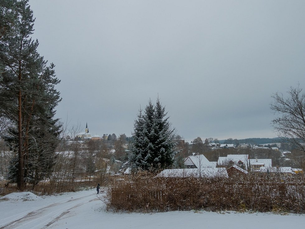 První letošní sníh ve Světlíku.