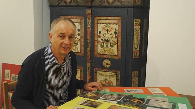 Franz Salzmann přivezl výstavu velikonočních pohlednic.