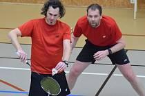 Křemežští při závěrečném turnaji play off down v pražské Vinoři - debl Petr Pirtyák a Peter Mouritsen (zleva).