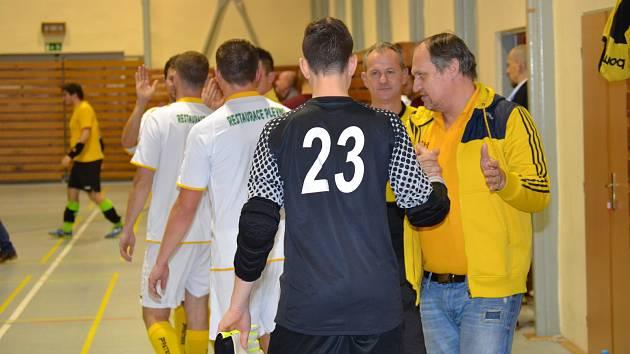Sezonu hodnotí manažer větřínských Bombarďáků a vedoucí týmu Karel Klabouch (vpravo).