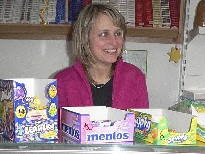 Alena Rytířová ve svém obchodu v Dolním Třeboníně.