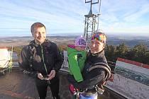 Můžete se vypravit na nejvyšší horu Blanského lesa v rámci akce Trousíme se na Kleť