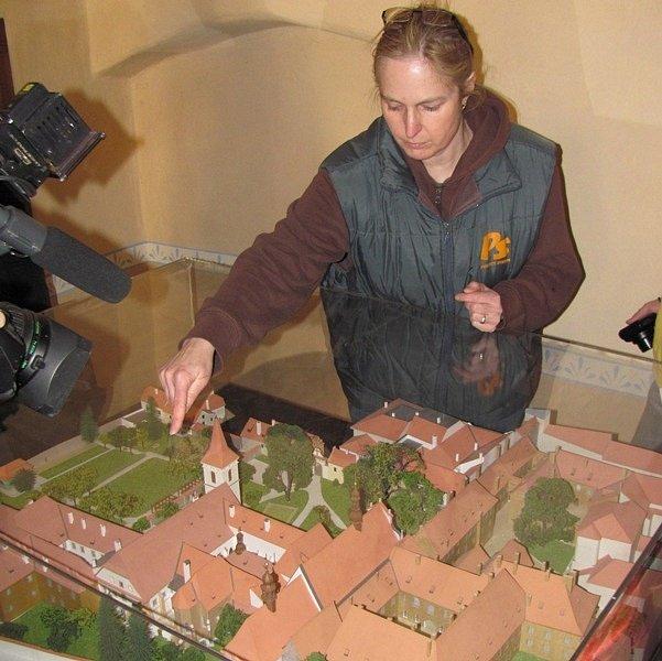 Tak bude vypadat opravný areál, ukazuje Kateřina Slavíková.
