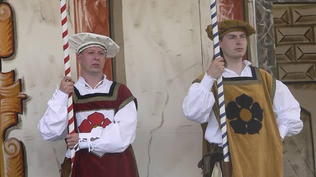 Krumlovští budou mít na Slavnosti pětilisté růže zvýhodněné vstupenky.
